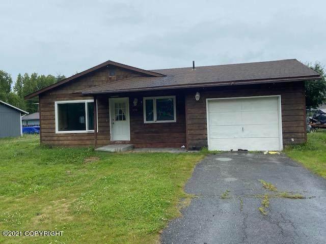 316 Portlock Street, Kenai, AK 99611 (MLS #21-11721) :: Alaska Realty Experts