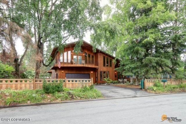 3541 Knik Avenue, Anchorage, AK 99517 (MLS #21-11815) :: RMG Real Estate Network | Keller Williams Realty Alaska Group
