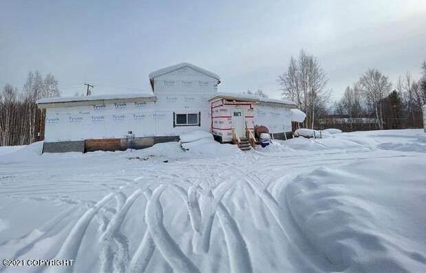 923 Bennett Road, Fairbanks, AK 99712 (MLS #21-12206) :: Daves Alaska Homes