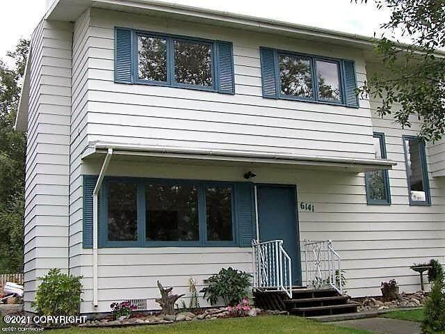 6141 E 12th Avenue, Anchorage, AK 99504 (MLS #21-14610) :: Wolf Real Estate Professionals