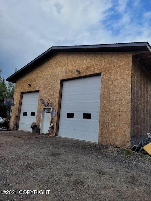 1475 Mill Pond Court, North Pole, AK 99705 (MLS #21-16263) :: Alaska Realty Experts