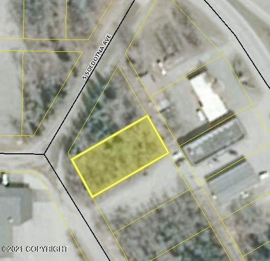 120 S Soldotna Avenue, Soldotna, AK 99669 (MLS #21-1701) :: RMG Real Estate Network | Keller Williams Realty Alaska Group