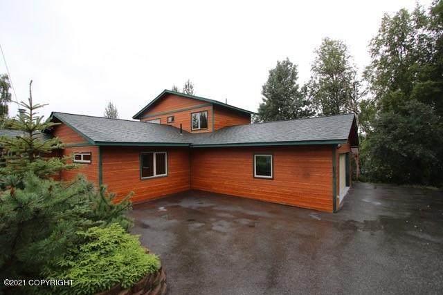 17631 N Juanita Loop, Eagle River, AK 99577 (MLS #21-2634) :: Wolf Real Estate Professionals
