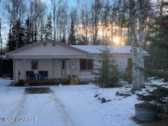 2040 W Bailey Avenue, Wasilla, AK 99654 (MLS #21-513) :: Alaska Realty Experts