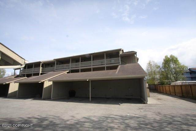 2830 Happy Lane #14, Anchorage, AK 99507 (MLS #21-5338) :: Team Dimmick