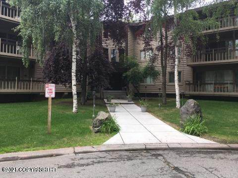 400 W 76th Avenue #114, Anchorage, AK 99502 (MLS #21-5370) :: RMG Real Estate Network | Keller Williams Realty Alaska Group