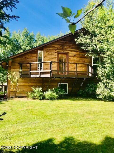 8220 Pokey Circle, Anchorage, AK 99507 (MLS #21-6779) :: Wolf Real Estate Professionals
