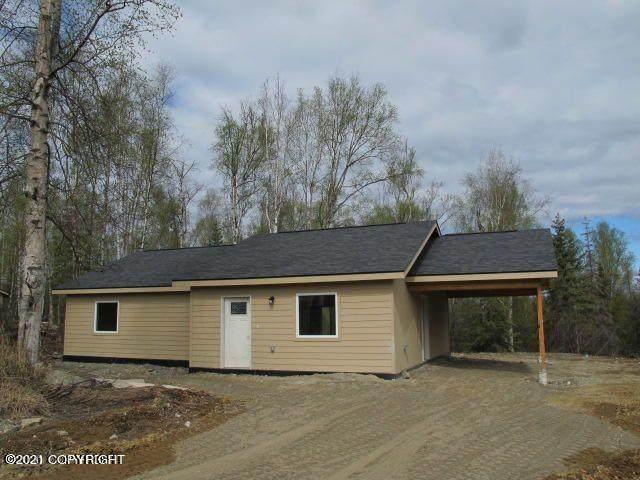 9391 W Blue Moon Circle, Wasilla, AK 99623 (MLS #21-8909) :: Daves Alaska Homes