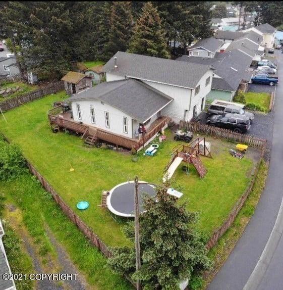 916 Thorsheim Street, Kodiak, AK 99615 (MLS #21-9971) :: Alaska Realty Experts
