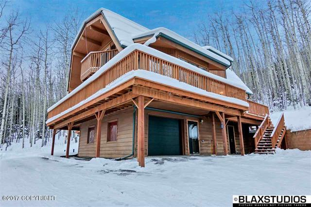 3762 Key Stone Road, Fairbanks, AK 99709 (MLS #17-16248) :: Channer Realty Group