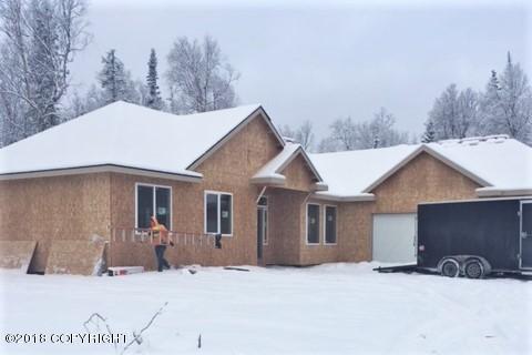 8892 E Wolf Creek Road, Wasilla, AK 99654 (MLS #18-2137) :: Channer Realty Group