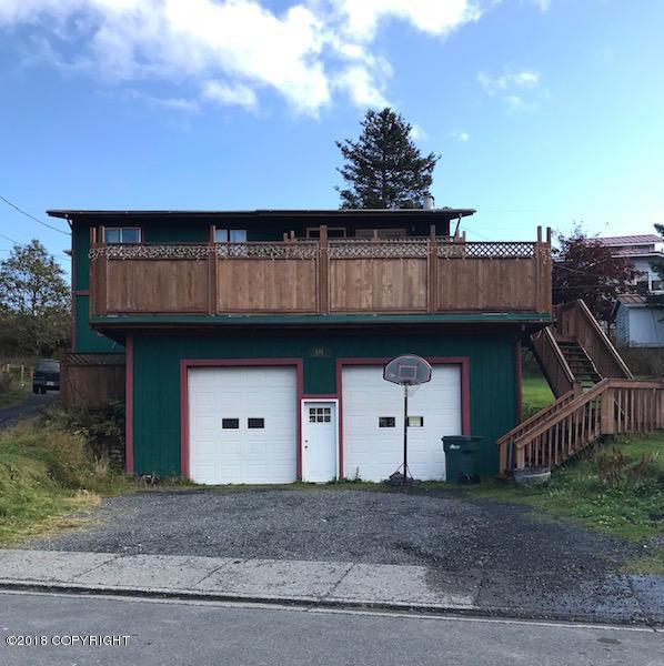 424 Carolyn Street, Kodiak, AK 99615 (MLS #18-2589) :: Real Estate eXchange