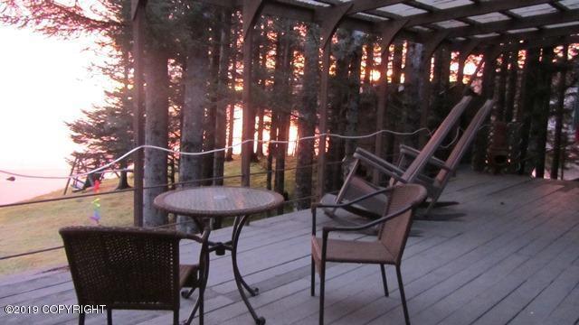 3265 Bay View Drive, Kodiak, AK 99615 (MLS #19-9565) :: RMG Real Estate Network | Keller Williams Realty Alaska Group