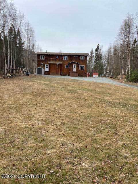 19106 Monastery Drive, Eagle River, AK 99577 (MLS #21-5118) :: Daves Alaska Homes