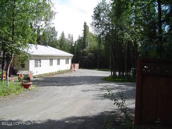 48715 Cardwell Road, Soldotna, AK 99669 (MLS #18-199) :: Northern Edge Real Estate, LLC