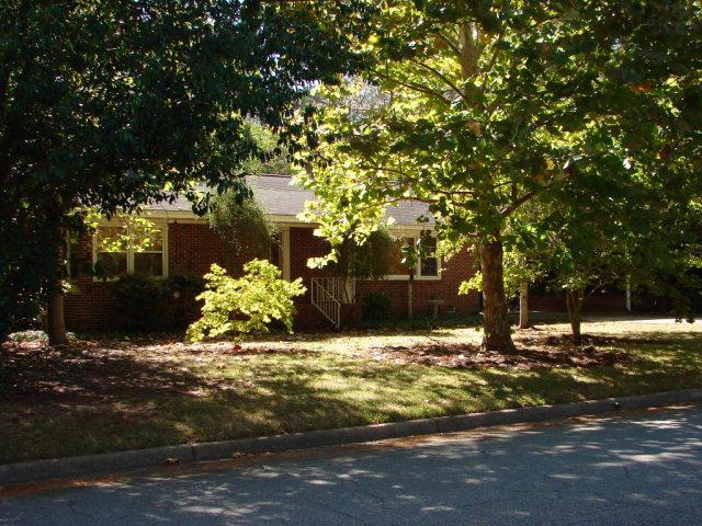 1132 Benjamin Ave, Albany, GA 31707 (MLS #137245) :: RE/MAX