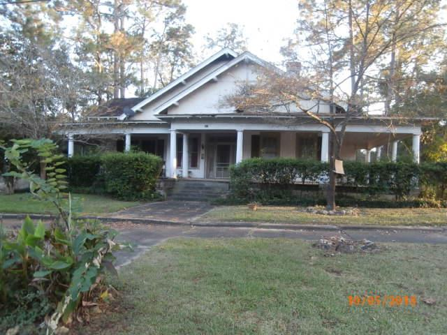 407 College Street Ne, Dawson, GA 39842 (MLS #141915) :: RE/MAX