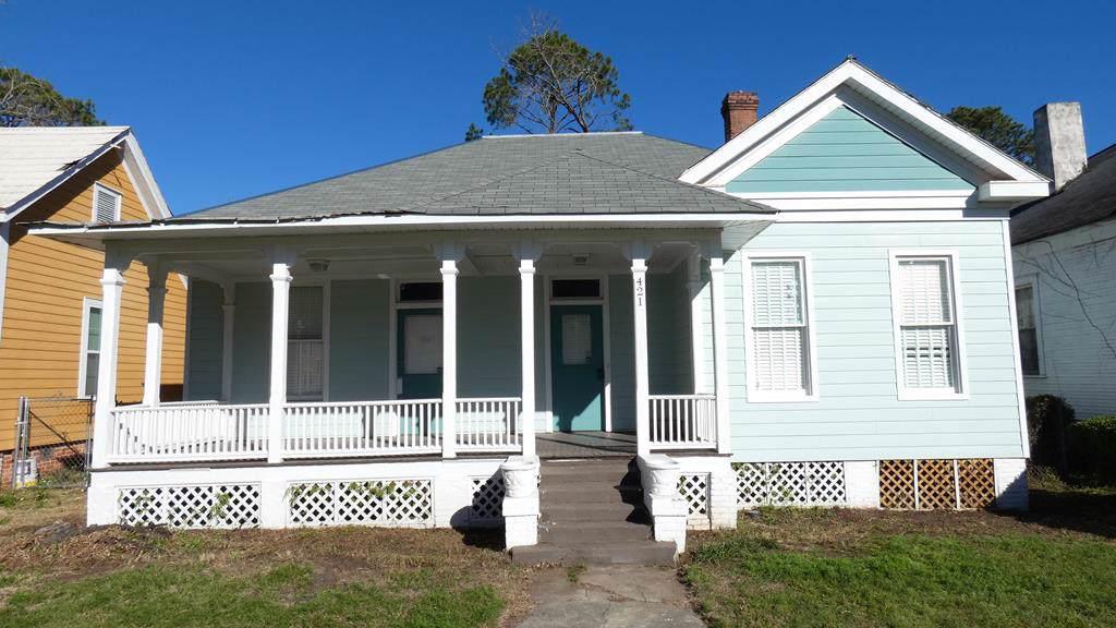 421 Residence Avenue W - Photo 1