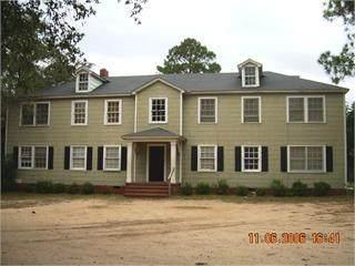 929 Residence Avenue W - Photo 1
