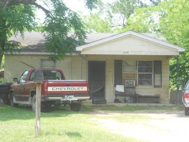 213 Barton Ave - Photo 1