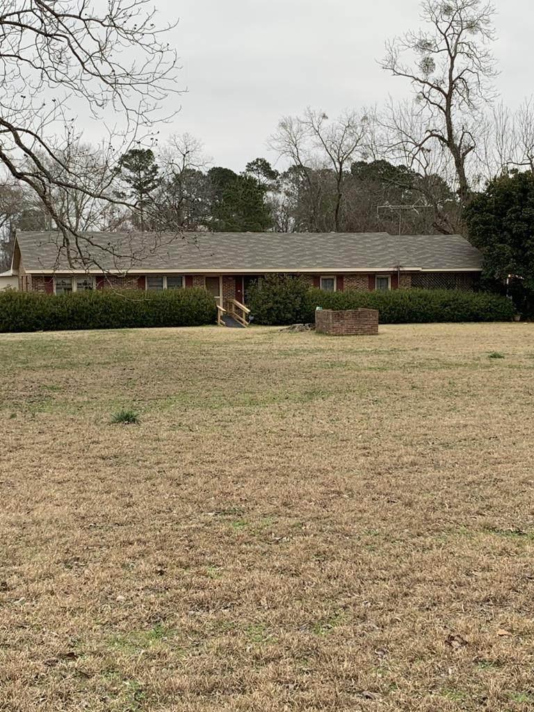 818 Dixie Road - Photo 1