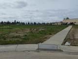 29 Beaverhill View Crescent - Photo 1