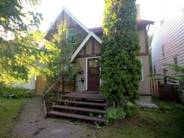10928 84 Avenue, Edmonton, AB T6G 0V4 (#E4070238) :: GETJAKIE Realty Group Inc.