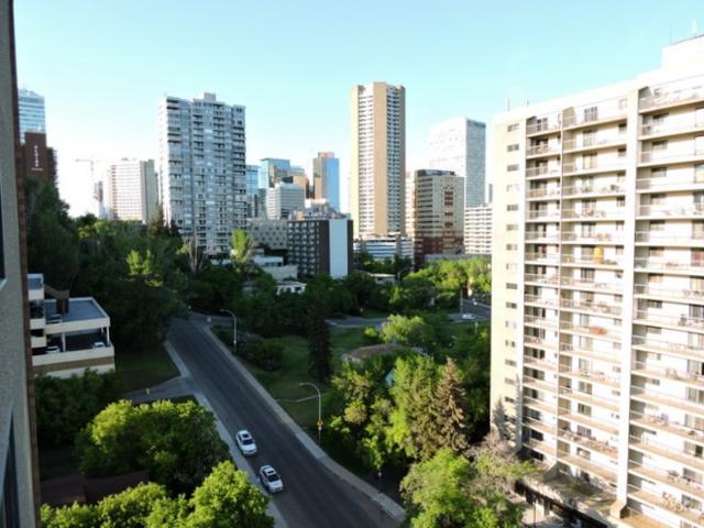 1603 9808 103 Street, Edmonton, AB T5K 2G4 (#E4070570) :: GETJAKIE Realty Group Inc.