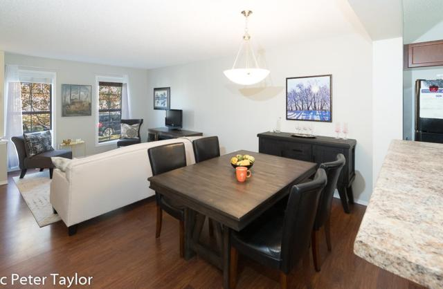 5947 South Terwillegar Boulevard, Edmonton, AB T6R 0A8 (#E4084651) :: The Foundry Real Estate Company