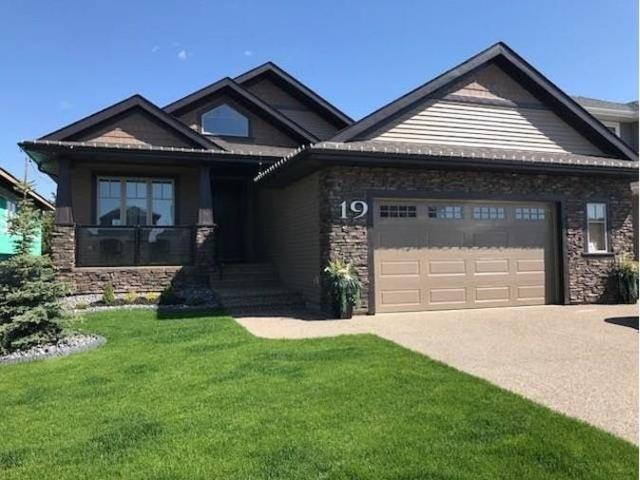 19 Lilac Bay, Spruce Grove, AB T7X 0V7 (#E4096345) :: The Foundry Real Estate Company