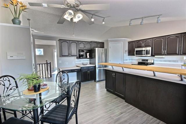 32 Fairway Drive, Spruce Grove, AB T7X 3K3 (#E4100516) :: The Foundry Real Estate Company