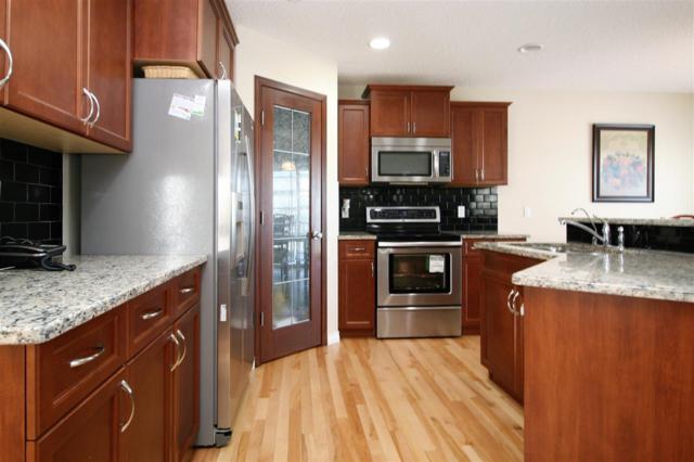 9253 208A Street, Edmonton, AB T5T 3Z1 (#E4105035) :: The Foundry Real Estate Company