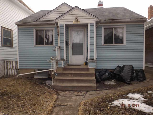 11237 91 Street NW, Edmonton, AB T5B 4A1 (#E4105612) :: The Foundry Real Estate Company