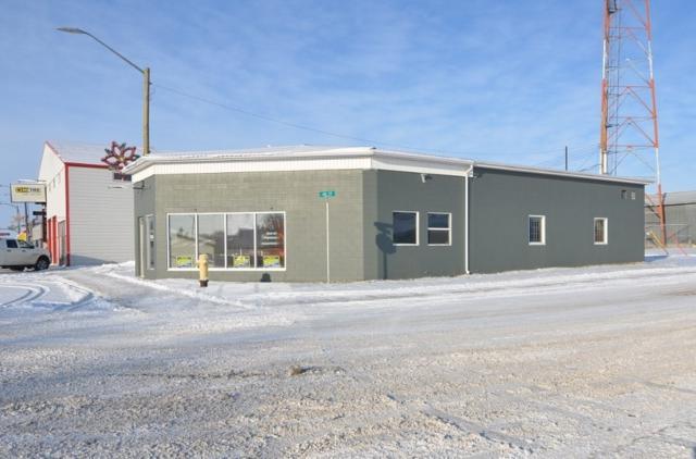 4802 53 AV, Barrhead, AB T7N 1A3 (#E4109233) :: The Foundry Real Estate Company
