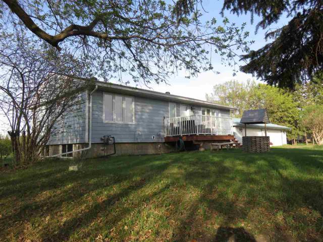 10002 Clover Drive, Fort Saskatchewan, AB T8L 4E6 (#E4114621) :: The Foundry Real Estate Company