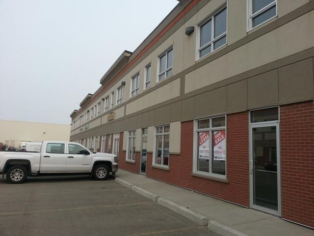 13147 156 ST NW NW, Edmonton, AB T5V 1V2 (#E4126638) :: Müve Team | RE/MAX Elite