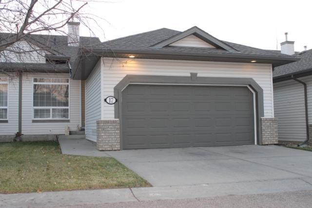 17-1752 Glastonbury Boulevard, Edmonton, AB T5T 6W2 (#E4134595) :: The Foundry Real Estate Company