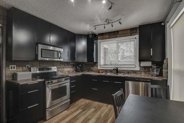 9507 175 Avenue NW, Edmonton, AB T5Z 2B8 (#E4154782) :: Mozaic Realty Group