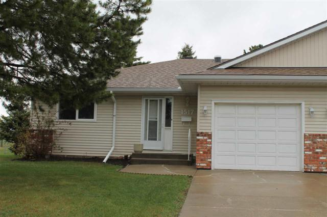 1517 62 Street, Edmonton, AB T6L 6J4 (#E4157097) :: David St. Jean Real Estate Group