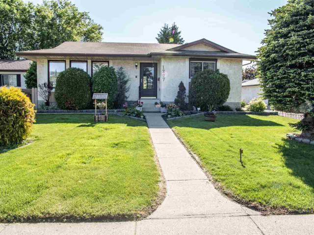 1207 39 Street, Edmonton, AB T6L 2M6 (#E4161404) :: Mozaic Realty Group