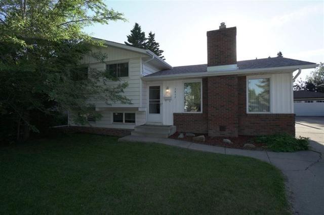 7812 162 Street, Edmonton, AB T5R 2L6 (#E4162394) :: David St. Jean Real Estate Group