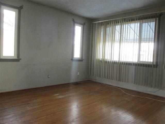 11945 69 Street, Edmonton, AB T5B 1S4 (#E4183147) :: Initia Real Estate