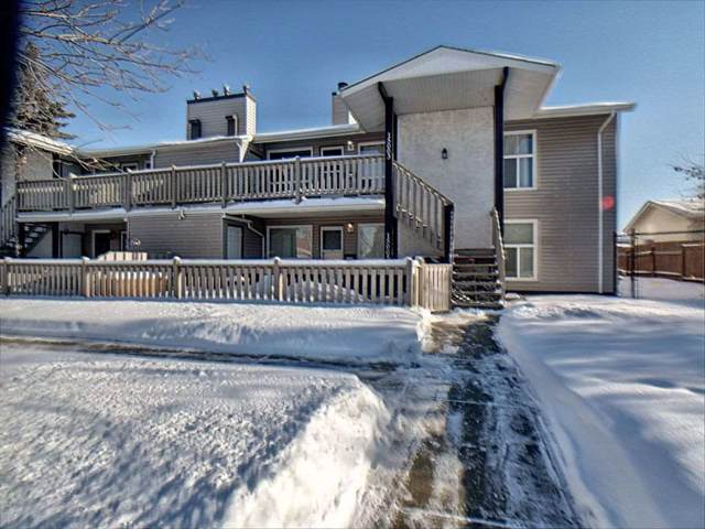 15003 26 Street, Edmonton, AB T5Y 2G6 (#E4185251) :: Initia Real Estate