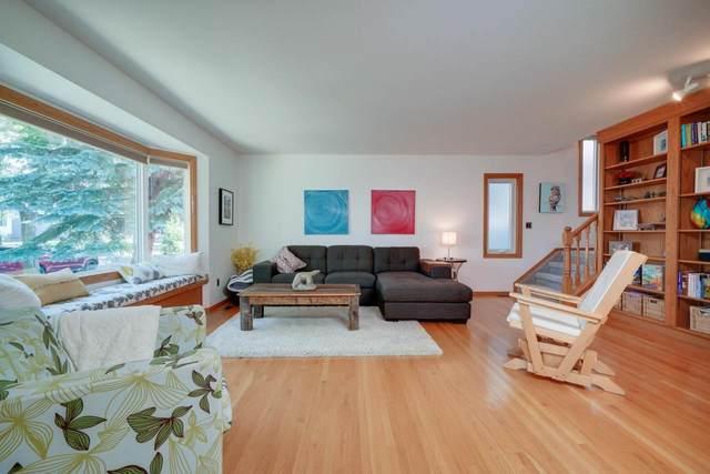 9338 94 Street, Edmonton, AB T6V 3V7 (#E4186781) :: Initia Real Estate