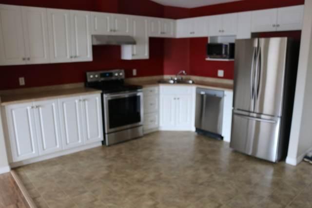 425 111 EDWARDS DR SW, Edmonton, AB T6X 0C4 (#E4192632) :: Initia Real Estate