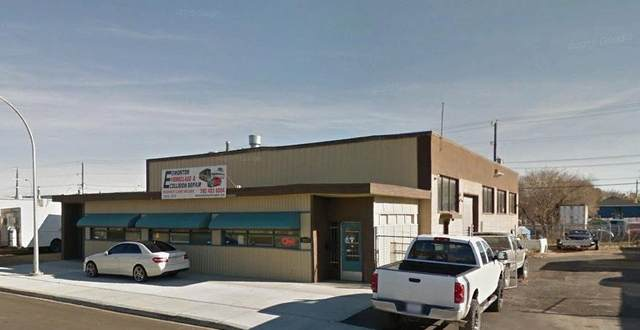 12213 67 ST NW NW, Edmonton, AB T5B 1M8 (#E4229973) :: RE/MAX River City