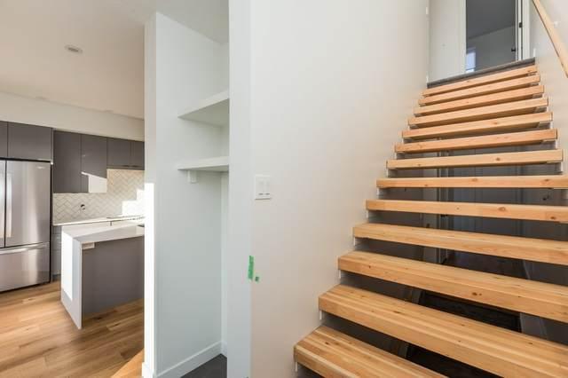 7733 Yorke Mews, Edmonton, AB T5G 0W6 (#E4234662) :: Initia Real Estate