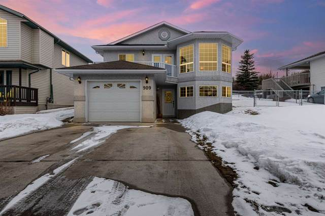 909 Beach Avenue, Cold Lake, AB T9M 1K8 (#E4235204) :: Initia Real Estate