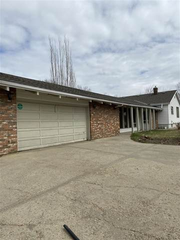 Edmonton, AB T5B 2L3 :: Initia Real Estate