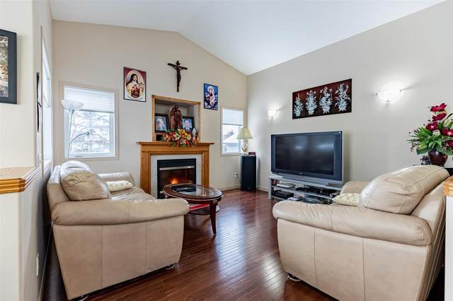 Edmonton, AB T5Z 3K5 :: Initia Real Estate
